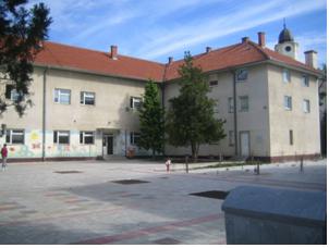 """Stižu bolji dani za đake OŠ """"Vera Miščević"""" u Belegišu i Surduku"""