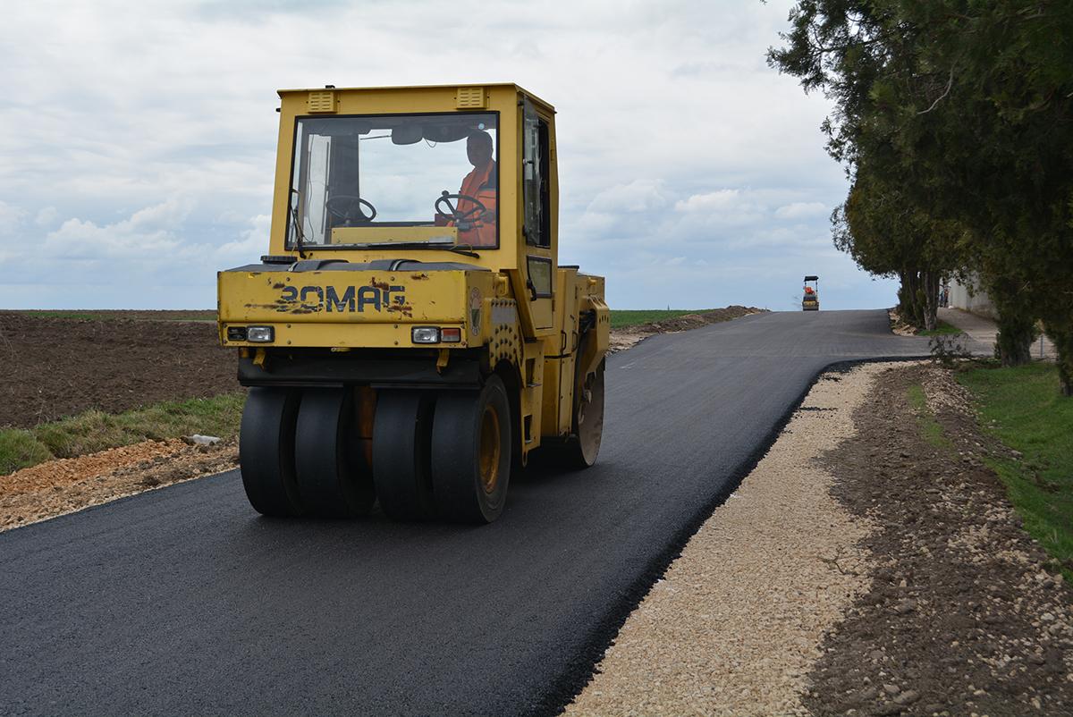 KAPITALNI PROJEKAT: Početkom leta kreće asfaltiranje 74 ulice u svim naseljima