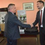 BEZBEDNOST: Opština donira dva vozila Policijskoj stanici u Inđiji