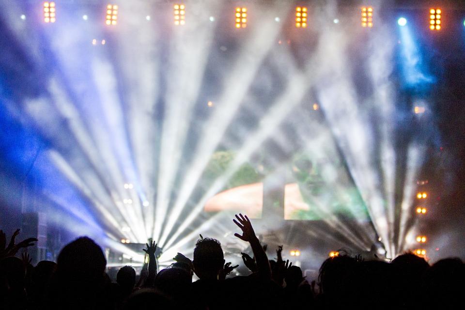 DANCE PARK: Najveća REJV žurka pod vedrim nebom kod Autleta u Inđiji