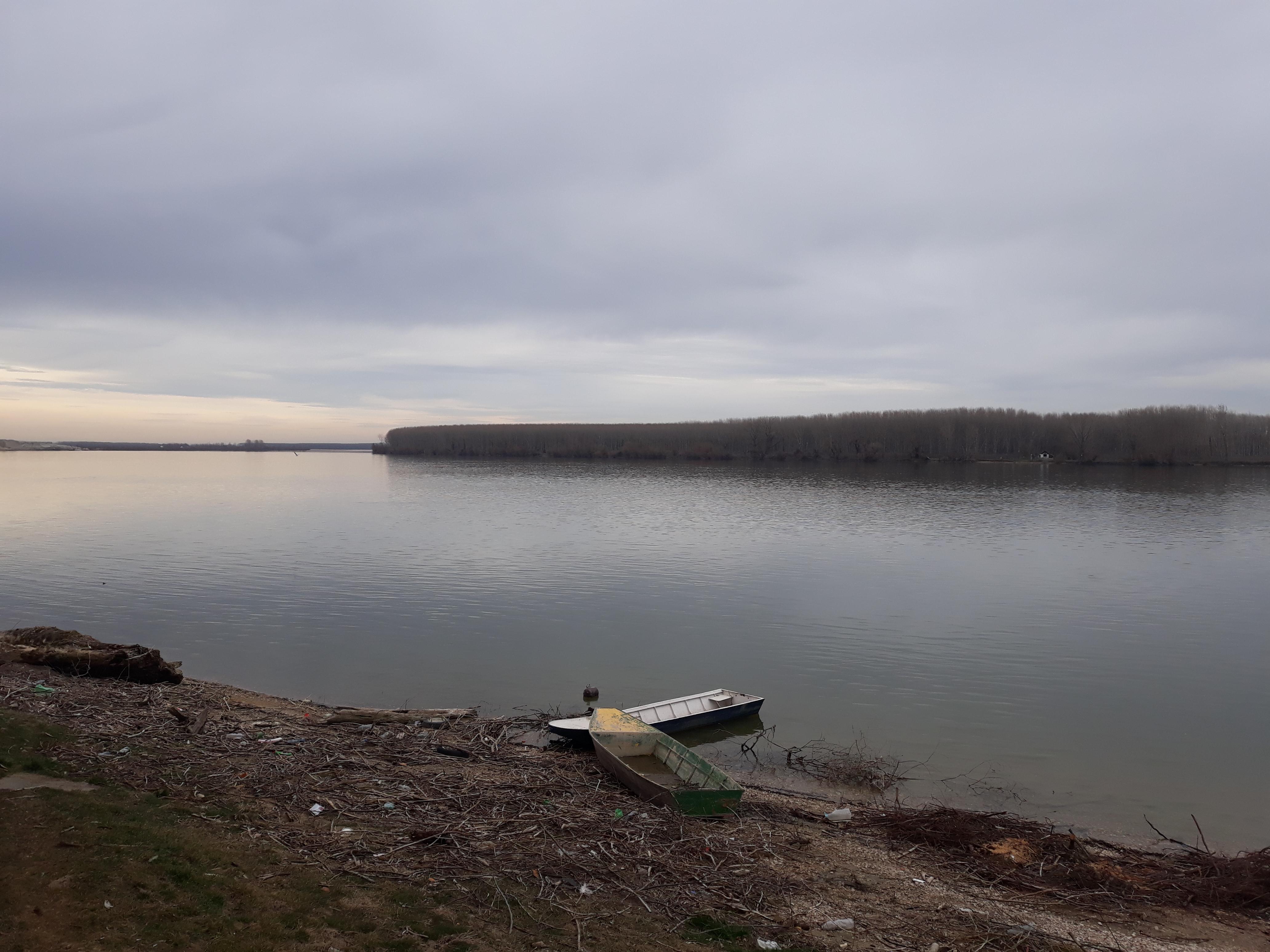 """AKTUELNO: JP """"Čistoća"""" uskoro kreće uređenje plaže """"Venecija"""" u Banovcima"""