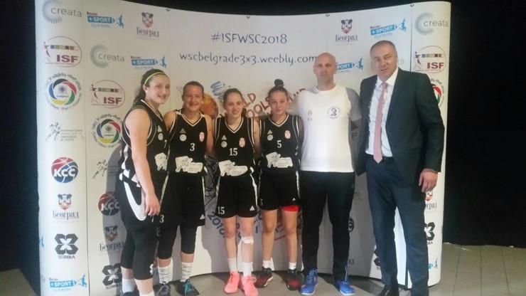 Pazovačke gimnazijalke osvojile SREBRO NA SVETSKOM PRVENSTVU u basketu