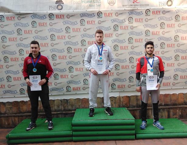 NADMAŠIO SVE RIVALE: Zlatna medalja za Dimitrija Gaćešu iz Inđije u konkurenciji seniora