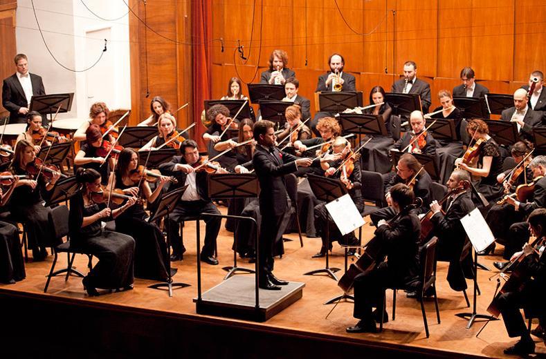 PRVI PUT U STAROJ PAZOVI: Koncert Beogradske filharmonije