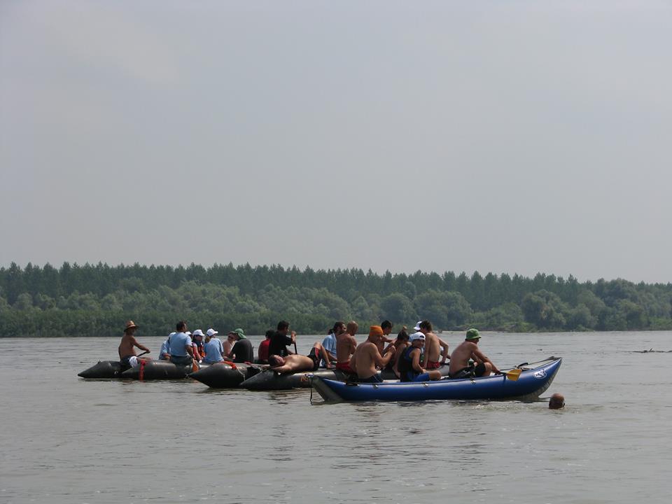 """""""DUNAVSKE AVANTURE"""": 12. Međunarodna veslačka regata u Banovcima"""