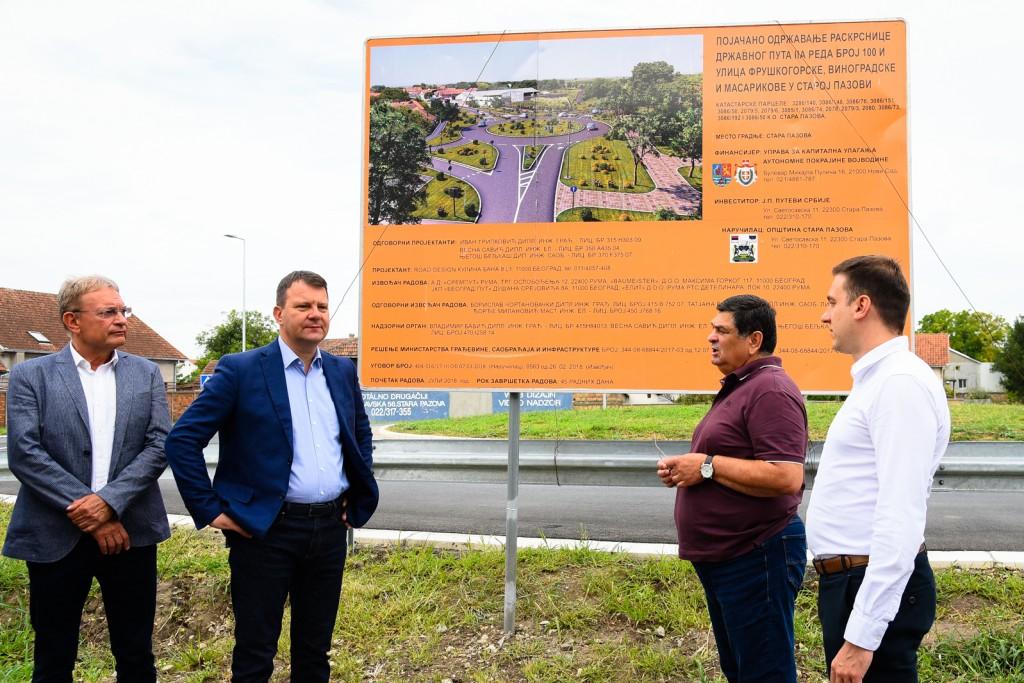 Predsednik Vlade Vojvodine Igor Mirović obišao kapitalne projekte u Staroj Pazovi