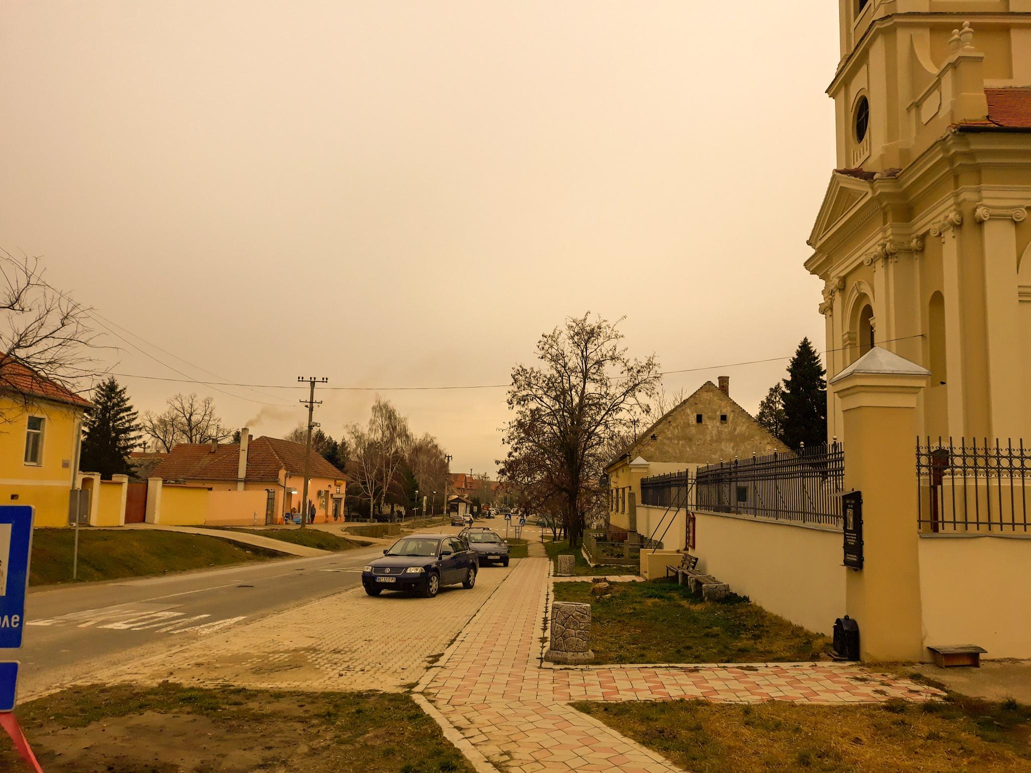 "SURDUK: ""Provalija"" na obali Dunava, selo fijakerijade i modernih bazena"