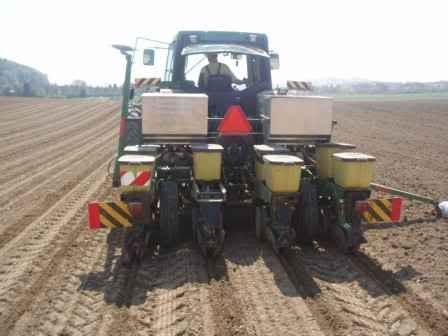 JAVNO NADMETANJE Davanje u zakup poljoprivrednog zemljišta u Inđiji