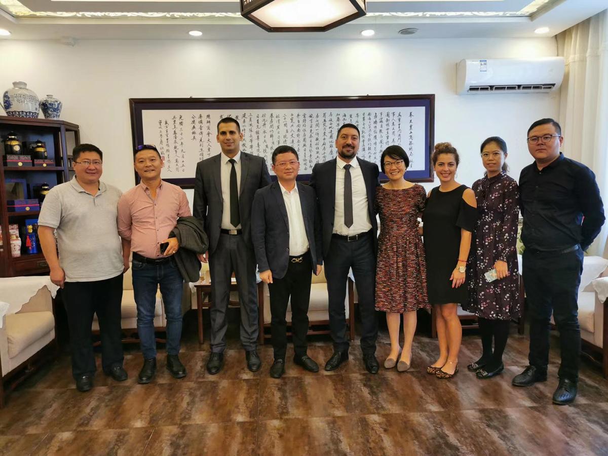 NOVI SASTANCI U KINI: Inđija se predstavila na privrednom forumu