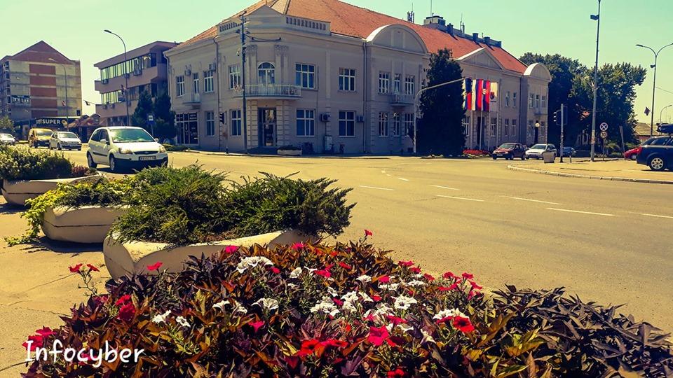 ZGRADA OPŠTINE Od bolnice za vreme rata do najlepšeg objekta u centru grada