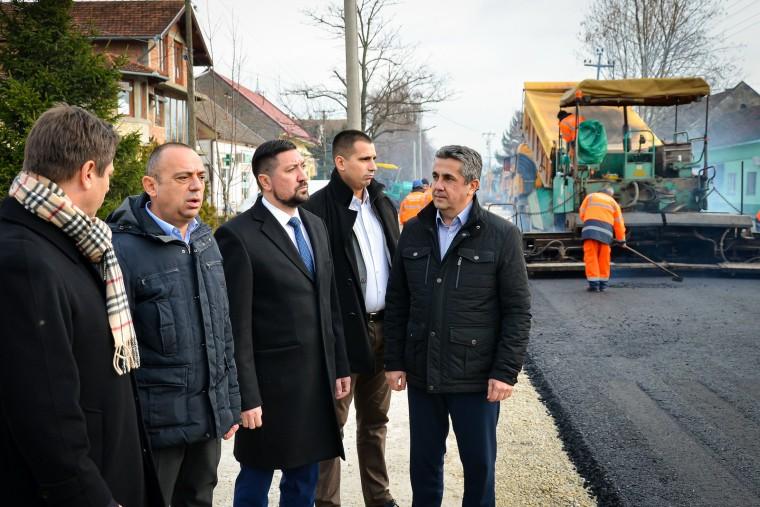 UMESTO KALDRME ASFALT: Ulica Kralja Petra I u Beški biće proširena na 6 metara