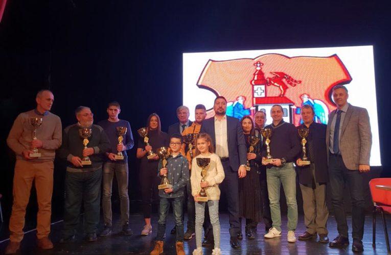 Opština Inđija nagradila najbolje sportiste i sportske klubove u 2019. godini