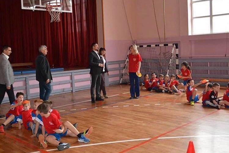 Beščanska škola za primer mnogima poručio predsednik Gak prilikom posete Beški