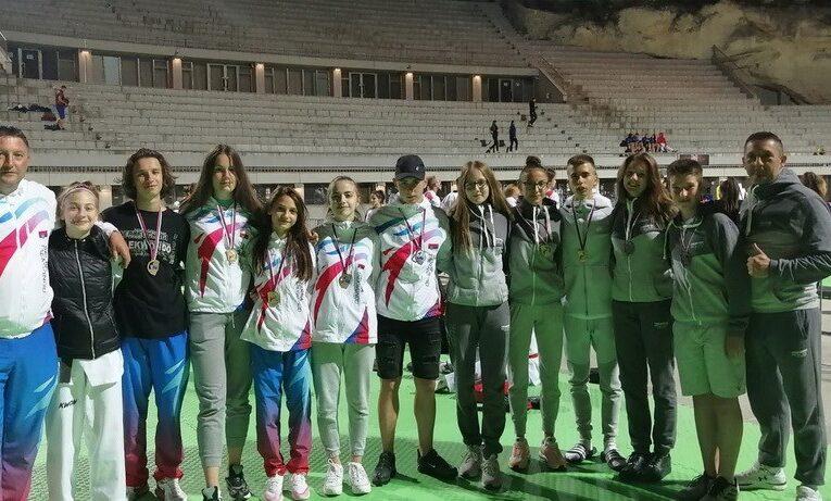 INĐIJSKI TEKVONDO KLUB osvojio 12 medalja na prvenstvu Srbije