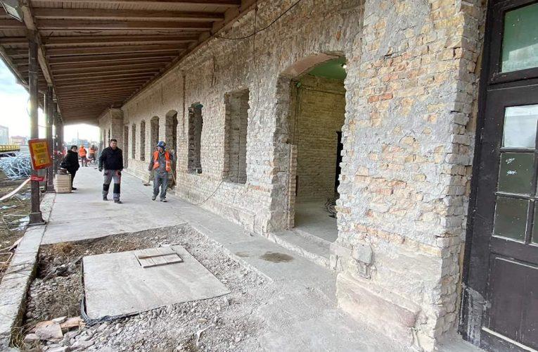 Železnička stanica u Inđiji do avgusta u novom ruhu