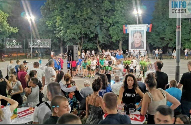 VIDOVDANSKI TURNIR: Spektakl na fudbalskom turniru u naselju Banovci-Dunav