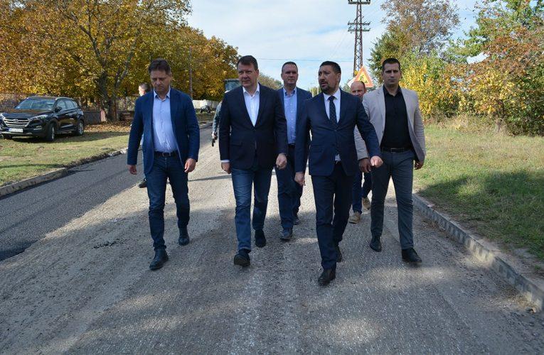 PUT BANSTOL-ČORTANOVCI: Mirović i Gak obišli radove koji ulaze u završnicu (VIDEO)