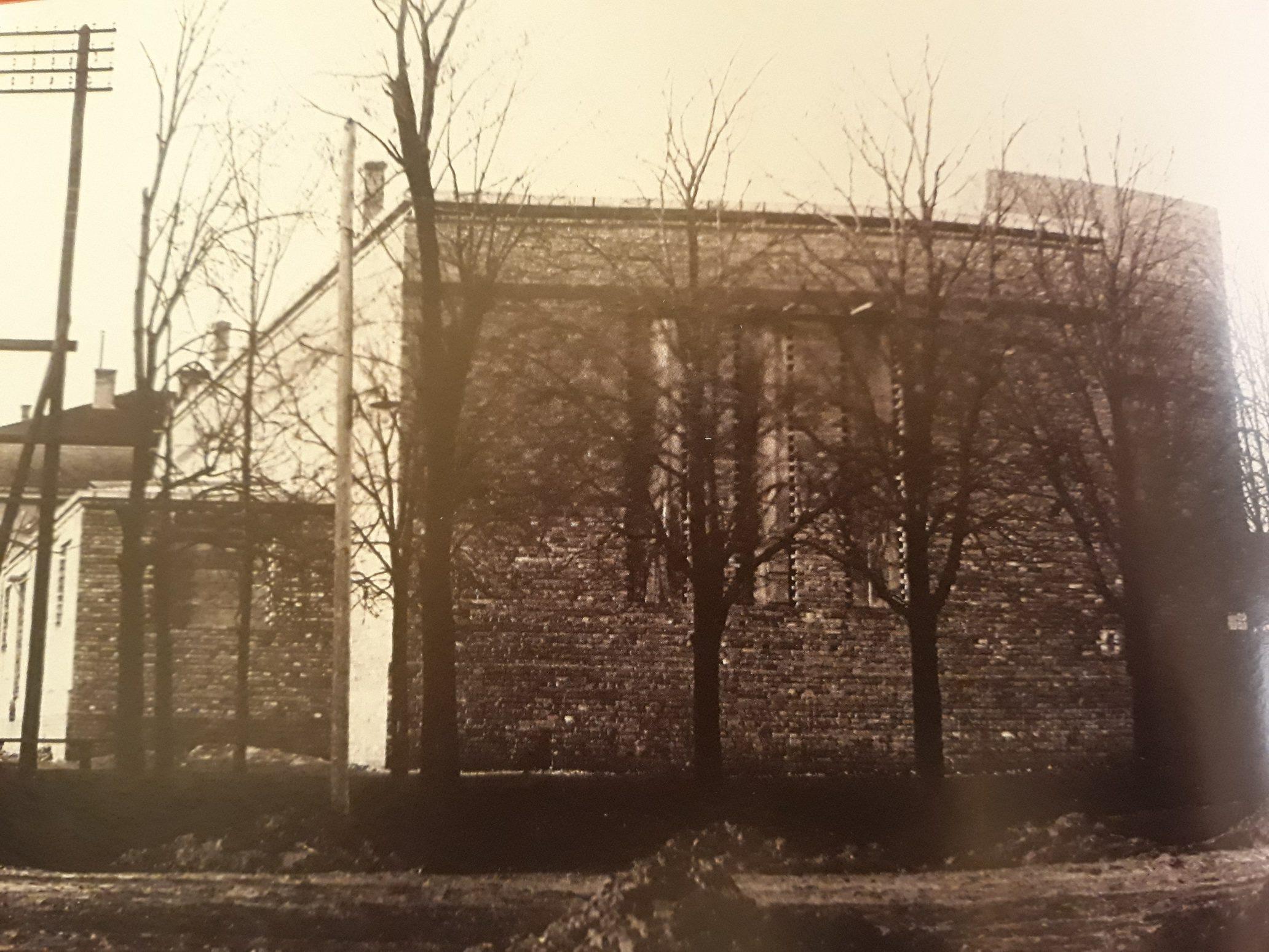 IZ ARHIVE: Sokolski dom u Inđiji otvoren uz džez igranku 1939. godine