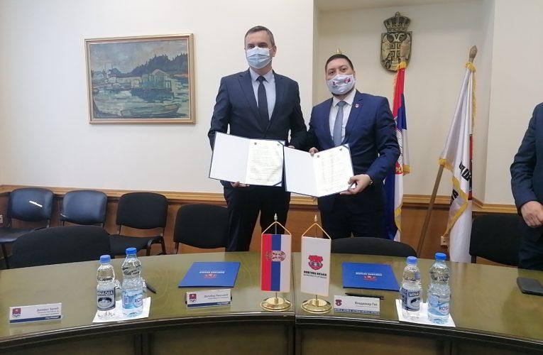 BRATIMLJENJE DVA GRADA Inđija i Prijedor potpisali Memorandum o saradnji
