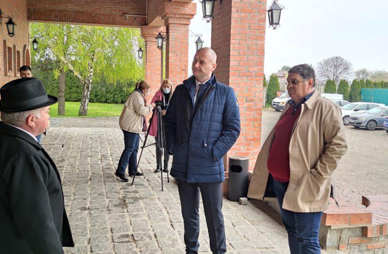 TURIZAM U STAROJ PAZOVI: Pokrajinski sekretar za privredu i turizam posetio Belegiš i Surduk