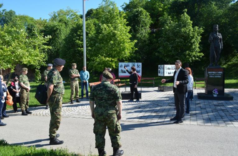 Oficiri Vojske Srbije posetili opštinu Inđija